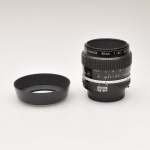 micro-nikkor3-5-55mm-with-hood-4770a_1407985013
